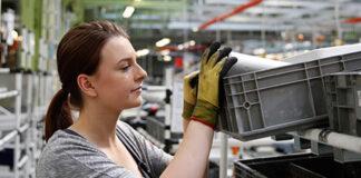 ayudantes de almacen warehouse operator warehouse assistants both sexes operario opararia de deposito moza de almacen mozo de almacen