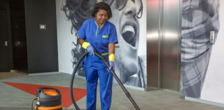 personal de limpieza cleaning staff both sexes