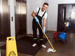 Janitor Cleaning Corporate Office male office cleaning personal de limpieza de oficinas masculino limpiadores empleado de limpieza cleaning staff cleaning office
