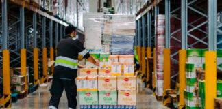 empleados de produccion y almacen production and warehouse employees