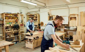 carpintero de gabinetes de cocina y puertas carpenter of kitchen cabinets and doors