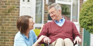 cuidadora domiciliaria home care cuidadora de adultos mayores elderly caregiver