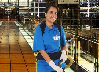 empleada de limpieza para tienda cleaning lady for store