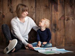 niñera cuidadora de niños nanny babysitter diñera domestica domestic maid