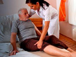 cuidadora de adulto mayor elderly caregiver cuidadora de personas mayores home care