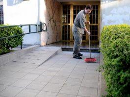 encargado de edificio janitors male cleaning staff personal masculino para limpieza de edificio