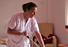 personal de limpieza para residencia de mayores cleaning staff for nursing home