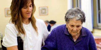 cuidadora domiciliaria cuidadora de adultos mayores home caregiver elderly caregiver cuidadora externa cuidador gerocultora