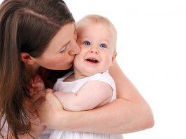niñera babysitter canguro cuidadora de niños en casa de familia empleada del hogar nanny