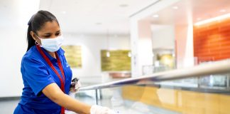 cleaning lady empleada de limpieza femenino limpieza de oficinas cleaning staff limpiadoras