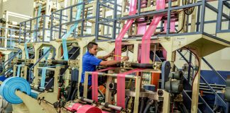 operario para fabrica de bolsas plasticas operator to manufacture plastic bags warehouse operator mozo de almacen operario de produccion production operator