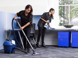 personal de limpieza ambos sexos male and female cleaning staff limpiadoras limpiadores limpieza de oficinas office cleaning employees janitors cleaning lady
