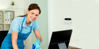 Personal de limpieza femenino y masculino cleaning staff lemale and male cleaning limpiadoras limpiadores office cleaning staff