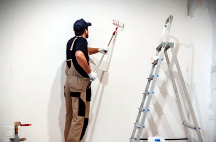 Pintores Para Trabajos de Pintura Residencial Interior y Exterior Painters for Interior and Exterior Residential Painting Jobs