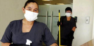 empleda de limpieza mucama personal femenino para limpieza de hotel cleaning lady maid female staff for hotel cleaning