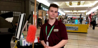 personal de limpieza para centro comercial cleaning staff for store in shopping center janitor limpiadores
