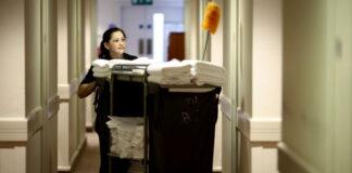 personal de limpieza para hotel cleaning staff for hotel personale addetto alle pulizie per hotel mucamas limpieza de hotel