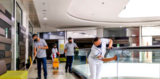 personal para limpieza comercial commercial cleaning staff female and male staff janitors cleaning lady limpiadores limpiadoras