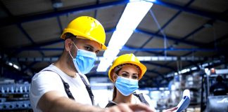 trabajadores industriales empresa metalurgica operarios de despacho industrial workers metallurgical company dispatch operators warehouse operators