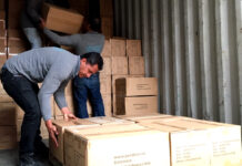 Operarios de Carga y Descarga Loading and Unloading Operators warehouse operator carretilleros mozos de almacen