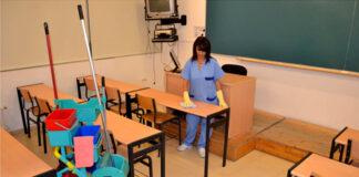 limpieza de colegio bilingue personal de limpieza femenino cleaning staff School cleaning staff