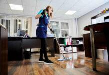 empleados de limpieza cleaning staff