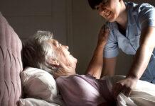 gerocultora asistente geriatrico cuidadora elder care taker carigever geriatric assistant cuidadora de adultos mayores