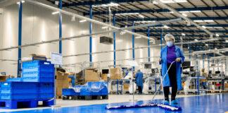 limpieza en planta de produccion