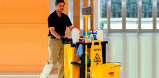 empleado de limpieza cleaning