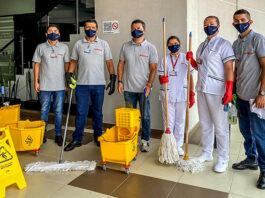 Servicio de aseo personal de limpieza hombres y mujeres female and male clening staff
