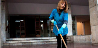 cleaning lady office cleaning staff personal de limpieza para empresa cleaning staff for company limpiadoras janitors conserjes