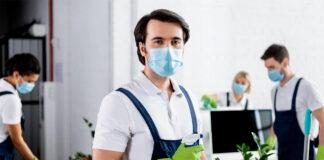 empleados de limpieza cleaning