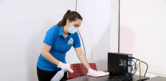 limpieza de oficinas cleaning in office