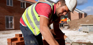 oficial albañil Construction worker bricklayer officer