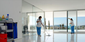 personal de limpieza cleaning staff