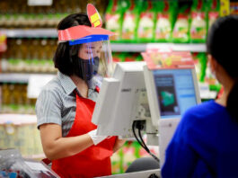 cajera cashier