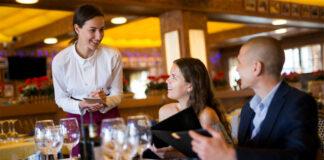 camarera waitress