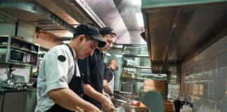 cocineros kitchener lavaplatos diswasher restaurant staff personal para restaurante