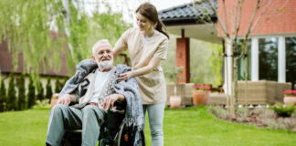 cuidadora para adultos caregiver