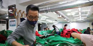 empacadores y recolesctores para cebtro de distribucion de ropa packers and gatherers for clothing distribution center