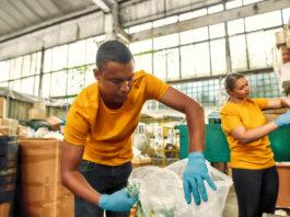 empleado de almacen warehouse employee
