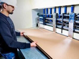 empleado para fabrica de carton employee for box factory