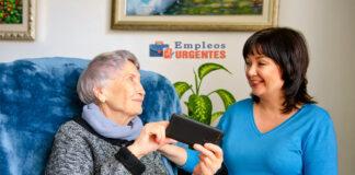 home caregivers cuidadores domiciliarios cuidadores de adultos mayores female and male staff