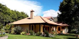 matrimonio para cuidado y mantenimiento de granja de cerdos ibericos marriage for farm care and maintenance