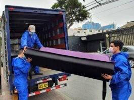 operarios de carga y descarga para almacen de muebles loading and unloading operators carga y descarga de muebles