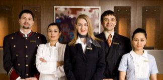 personal para hotel feria de empleo en Las Catalinas hotel staff female and male staff